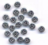 20 Perles intercalaires Lettre A Acrylique Argenté 7x7mm