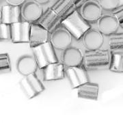 900 Perles à écraser Tube Argenté 2x2mm