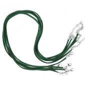 Cordon Vert cuir Suède 47cm  Qte : 1