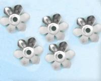 Calotte  Fleur Gris Argenté 13x13mm  Qte : 10