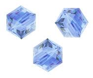 Perles cubes Swarovski 8 mm ( 5601 ) Light sapphire X 1