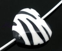 Perles  Zébrées Acrylique Coeur 17x20mm X 10