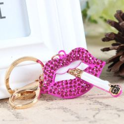 Bouche cigarette  ( anneau + pince accroche sac , ceinture ) 5 x 2.8x 4 cm