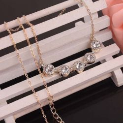 Plaqué or 18 carats de cristaux autrichiens  collier blanc Saphir
