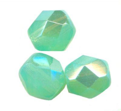 **50 perles FACETTES DE BOHEME 4 mm EMERALD  Preciosa **