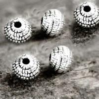 Intercalaires Argenté Tibétain 5 mm X 10 .taille du trou = 1 mm