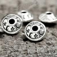 Intercalaires  Argenté Tibétain  8.5 mm...taille du trou = 1.3 mm X 10