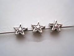 Intercalaires forme étoile taille 6mm taille du trou = 1.5 mm X 10