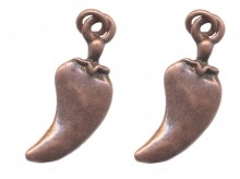 Breloques cuivrees piment 25X10mm Qte : 2