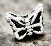 Intercalaire  Papillon en Argent Tibétain 7 x 5mm  taille du trou = 1 mm Qte : 10