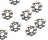 Intercalaires  boules et fleur 4 mm taille du trou = 1 mm Qte: 10
