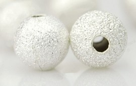 Perles boules Scintillantes intercalaires Argentées 6mm  taille du trou = 1 mm Qte : 10
