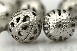 Perles Ajourées boules Filigrane Gris argenté 6mm  taille du trou = 0.8 mm Qte : 10