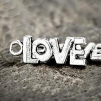 Breloques  LOVE en Argent Tibétain  21.5x8mm Qte : 2