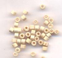1200 Perles en bois Donut blanc 3x4mm  taille du trou = 1.4 mm