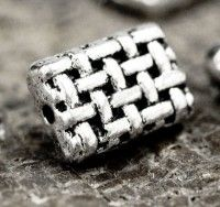Intercalaires  Rectangles en Argent Tibétain 12x8mm  taille du trou = 1 mm X 5