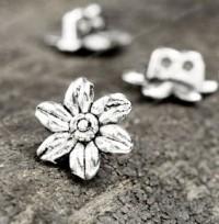 Breloques charms Fleur en Argent Tibétain 14x12mm  X 2