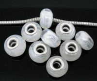 Perles  en verre  blanc  9 X 15mm  X 10