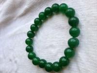 Bracelet artisanal Tibet,perles de jade vert , 10mm, 19cm