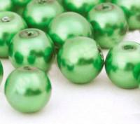 Perles Nacrées Rondes vert 8mm  X 25