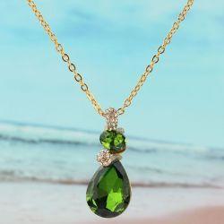 Collier plaqué or 18k chaîne pendante cristal Peridot