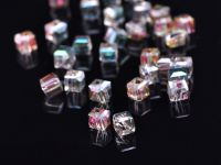 Cubes en crystal rose green 6 mm X 25