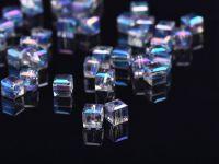 Cubes en crystal bermuda blue 4 mm X 50