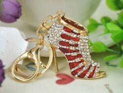 Chaussure ( anneau + pince accroche sac , ceinture ) 9 x 6 cm