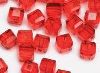 Cubes en crystal rouge 4 mm X 25