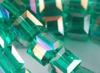 Cubes en crystal green 6 mm X 30