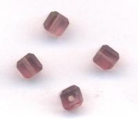 Cubes en crystal  4 mm X 10