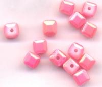 Cubes en crystal  4 mm X 25