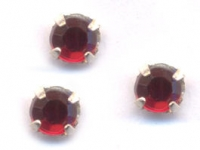 Chatons Siam 3 mm X 4