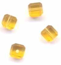 Cubes topaz en crystal  4 mm X 10
