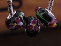 Lampwork ,Verre de Murano et argent  15 x 9 et trou 4.5 X 10